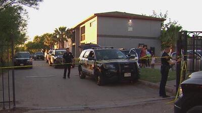 Pelea terminó en un tiroteo que dejó a un hombre gravemente herido al este de San Antonio