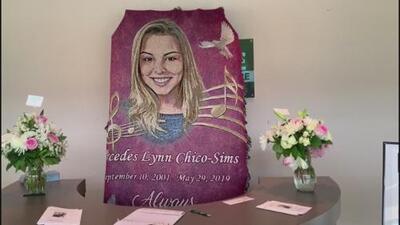 Conmueve despedida a joven del área de Atlanta encontrada muerta en complejo de apartamentos
