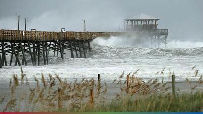 Huracán 'Florence' toca tierra dejando destrozos a su paso y dicen que aún falta lo peor