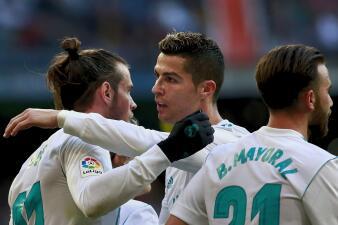 Sacudón del Madrid, luego de tres partidos sin ganar, goleando a La Coruña por La Liga