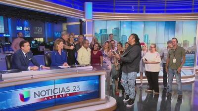 La emotiva despedida del equipo de Univision 23 a José Alfonso Almora después de 27 años de servicio
