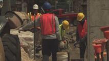 Aprueban proyecto de ley para proteger a trabajadores de la construcción del robo de salarios