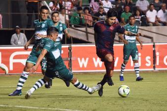 En fotos: Chivas no pierde el tiempo ni el ritmo: superó a Zacatepec