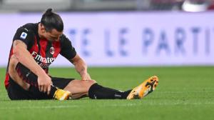 "Ibrahimovic sufre ""leve problema en la rodilla"""