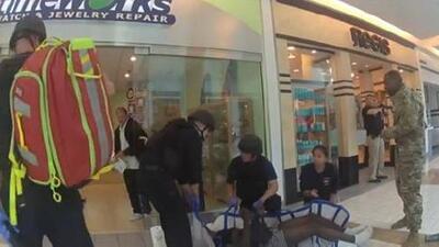 San Bruno: tiroteo en centro comercial deja a dos jóvenes heridos de bala y dos pistoleros siguen prófugos