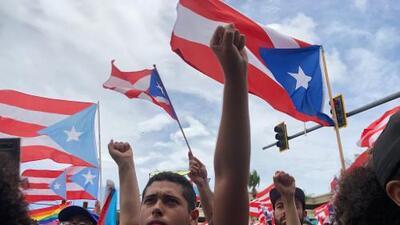"""""""Somos Más"""": puertorriqueños celebran la renuncia de Ricardo Rosselló"""