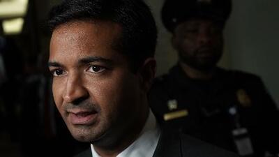 Carlos Curbelo pierde su escaño en el Congreso ante la demócrata Debbie Mucarsel-Powell