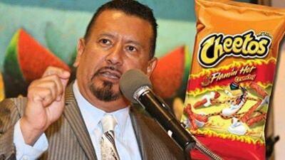 El hispano que inventó los Flamin' Hot Cheetos, una historia de película