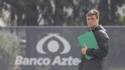 Ángel Guillermo Hoyos fue presentado con el Atlas
