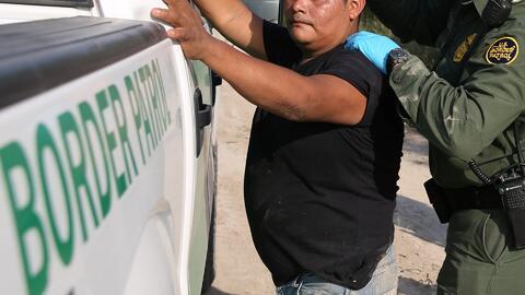 En menos de cuatro horas arrestan a 25 indocumentados en la frontera con México en Texas