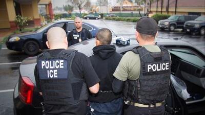 140 indocumentados en 4 días: los arrestos de ICE en el Medio Oeste del país