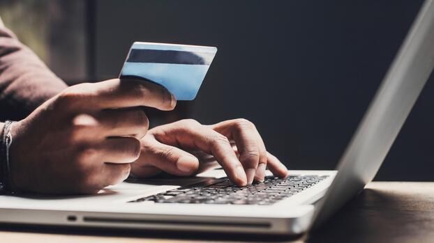Esto es lo que vas a pagar ahora en impuesto cuando compres en internet desde Florida