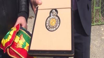 Cómo le robaron a un militar boliviano la medalla y la banda presidencial al ir a un prostíbulo