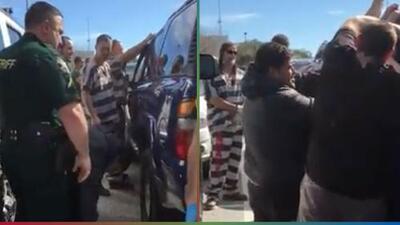 (Video) Presos usan sus habilidades para abrir un carro y así salvar la vida de una bebé