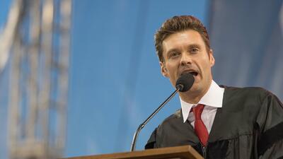 ¿Cuánto pagan las universidades por oradores que les traigan prestigio?