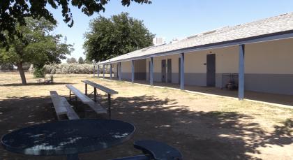 """Los estragos de la sequía están causando q <b>ue familias abandonen la región</b> lo que podrían causar que escuelas pudiera  <b>hasta cerrar sus puertas permanentemente.</b> Tal es el caso de la escuela primaria """"Westside"""" en la comunidad rural de Five Points, en el condado de Fresno.  <br>"""