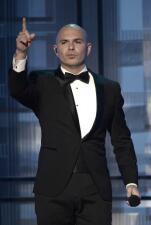 A JLo no se le antoja nada de Pitbull