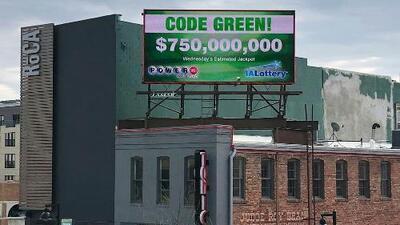 Si ganaras los 750 millones del Powerball: ¿elegirías cobrarlo todo a la vez o poco a poco durante 30 años?