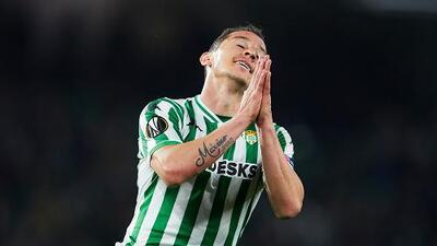 Andrés Guardado califica como fracaso la eliminación del Betis