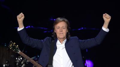 Paul McCartney Has Some Fun With The Mannequin Challenge
