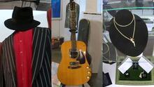 Subastan en Los Ángeles 800 artículos de artistas famosos con valor de varios millones de dólares