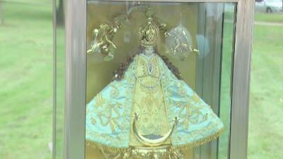 Feligreses en Chicago le dan la bienvenida a la Virgen de San Juan de los Lagos
