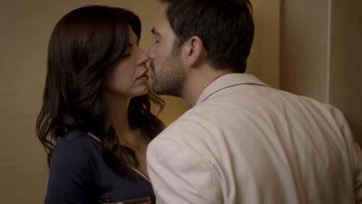 Felipe y Mariana se besan por primera vez