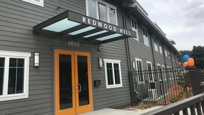 4,000 personas solicitan espacio en complejo de casas asequibles en Oakland, pero solo hay 28 unidades