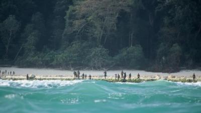 ¿Cómo la tribu que mató a flechazos a un misionero estadounidense ha logrado vivir 55,000 años aislada?