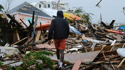Equipos de rescate trabajan arduamente buscando sobrevivientes en Las Bahamas, en medio de la destrucción