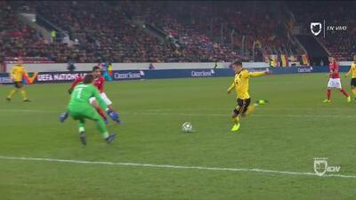 ¡Osote! Garrafal error de Nico Elvedi que aprovecha Thorgan Hazard para adelantar a Bélgica
