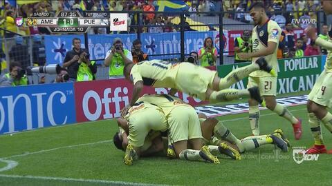 ¡Finalmente llegó el gol! América se pone en ventaja gracias a Córdova