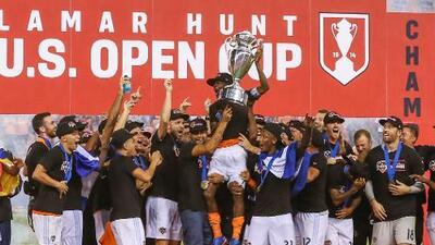 """Houston Dynamo celebra la Copa Abierta: """"Es una recompensa, algo que nuestros jugadores necesitaban"""""""