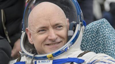 El astronauta Scott Kelly se retira de la NASA en abril
