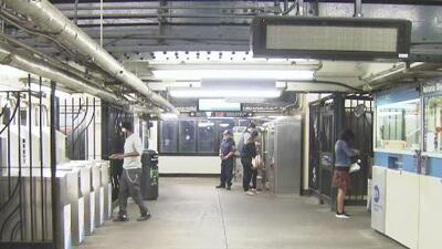 Preocupación entre pasajeros por los efectos del cierre de la estación Astoria Boulevard