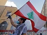 Renuncia el primer ministro y el gabinete del Líbano en medio de protestas tras mortal explosión en Beirut