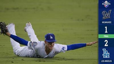Los Dodgers empatan la serie ante los Brewers con el máximo drama