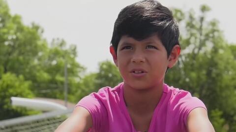 Causa polémica la descalificación de una niña de un torneo de fútbol por tener el pelo muy corto