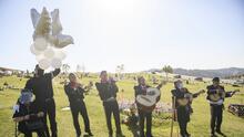 """""""El 20% ha muerto"""": Mariachis del sur de California luchan por sobrevivir a la pandemia de covid-19"""