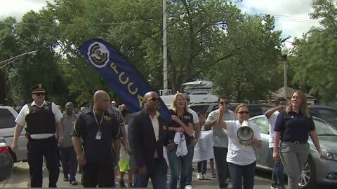 Con una marcha promueven la unidad de las agencias del orden con la comunidad