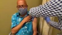 Reabren centros de vacunación contra el coronavirus en Austin
