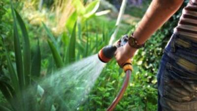 Miami Dade y Broward limitan uso del agua
