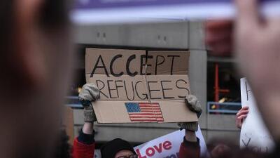 Texas va a contracorriente: es el primer estado en apoyar el polémico veto migratorio de Trump