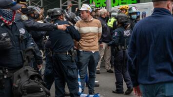 Al menos 12 detenidos y varios heridos en Nueva York tras violentos enfrentamientos entre simpatizantes de Trump y Biden