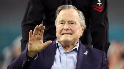 El expresidente George H.W. Bush, de 93 años, es hospitalizado por segunda vez tras la muerte de su esposa Barbara