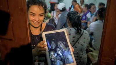 En un minuto: bucear o esperar, las opciones de los niños atrapados en la cueva de Tailandia