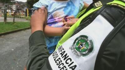 Semidesnudos y desnutridos, hallan a 11 hermanos abandonados en un cafetal de Colombia