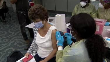 El aeropuerto de Miami abre un centro de vacunación contra el coronavirus