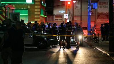 En un minuto: Un tiroteo masivo siembra el pánico en Toronto