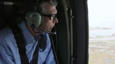 Gobernador de Carolina del Norte visita lugares afectados por el huracán Dorian